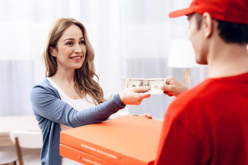 how much to tip pizza delivery