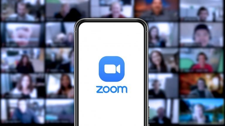 zoom making money